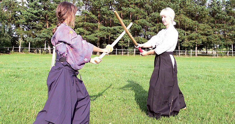 Neuer Schwertkurs für Frauen